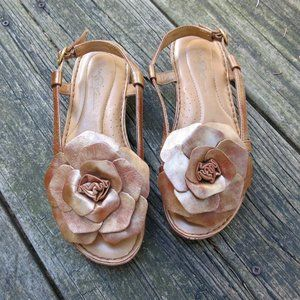 Leather Born Crown Gold On Tan Floral Sandals sz 6